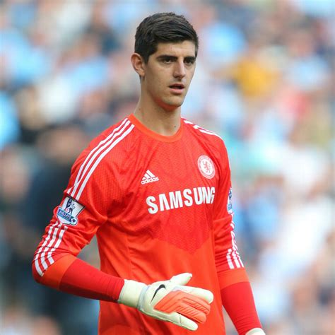 Chelsea keeper Thibaut Courtois ruled out of Hull City