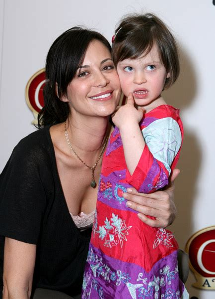 New Catherine Bell and Gemma Beason Photos: cleaninggirl