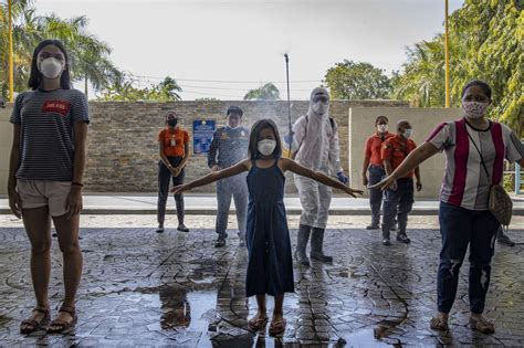 These 29 photos will show you what the COVID-19 pandemic