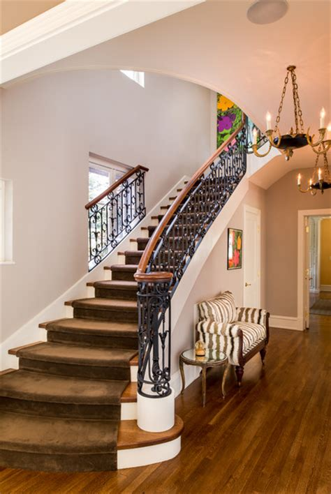 18 Impressive Traditional Staircase Designs You'll Fall For