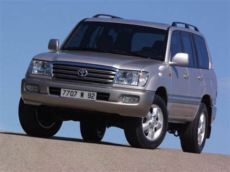 Toyota Land Cruiser: Latest News, Reviews, Specifications