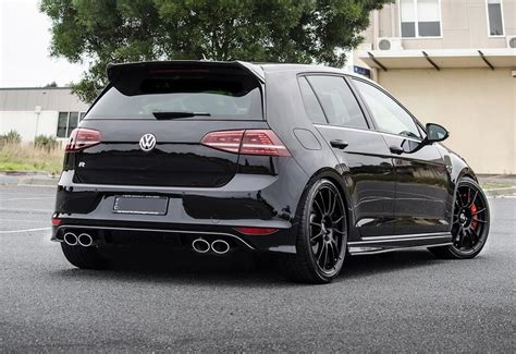 VW Golf7 R (Click on photo for high-res